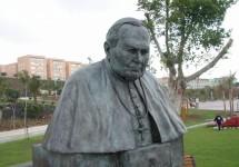 14 Juan Pablo II retarto