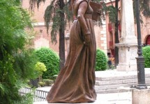 16 Catalina de Aragon
